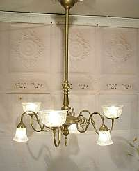 images/Gas_chandelier_sm.jpg